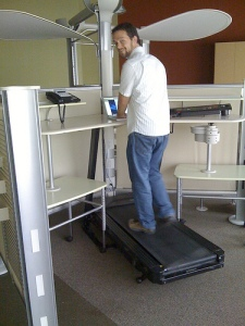 treadmill desk (fancy)