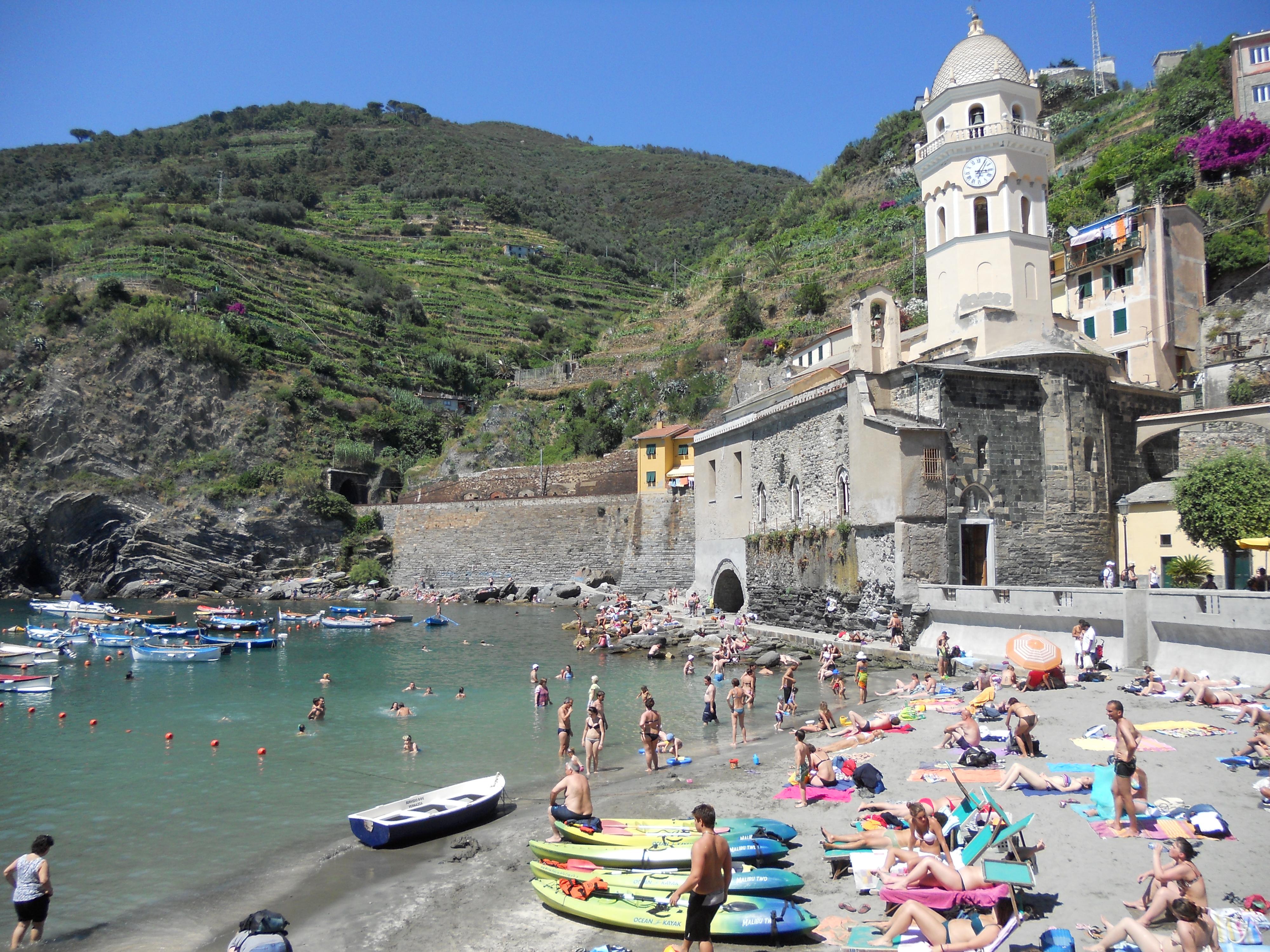 Beach in Vernazza, Cinque Terre, Italy | Tami Clayton Benedict Cumberbatch Facebook